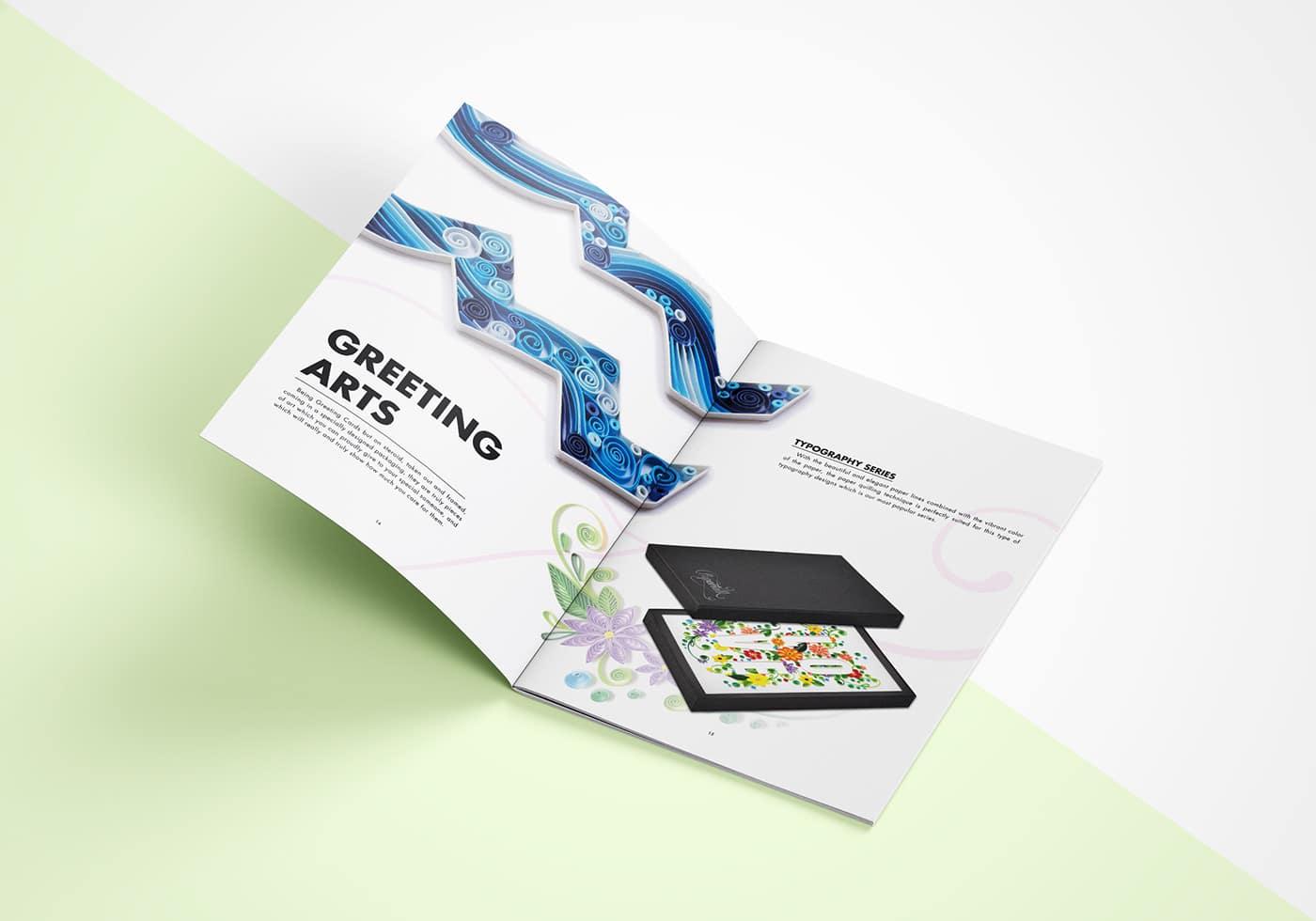 Số 2: Mẫu thiết kế Brochure giấy màu độc đáo sáng tạo