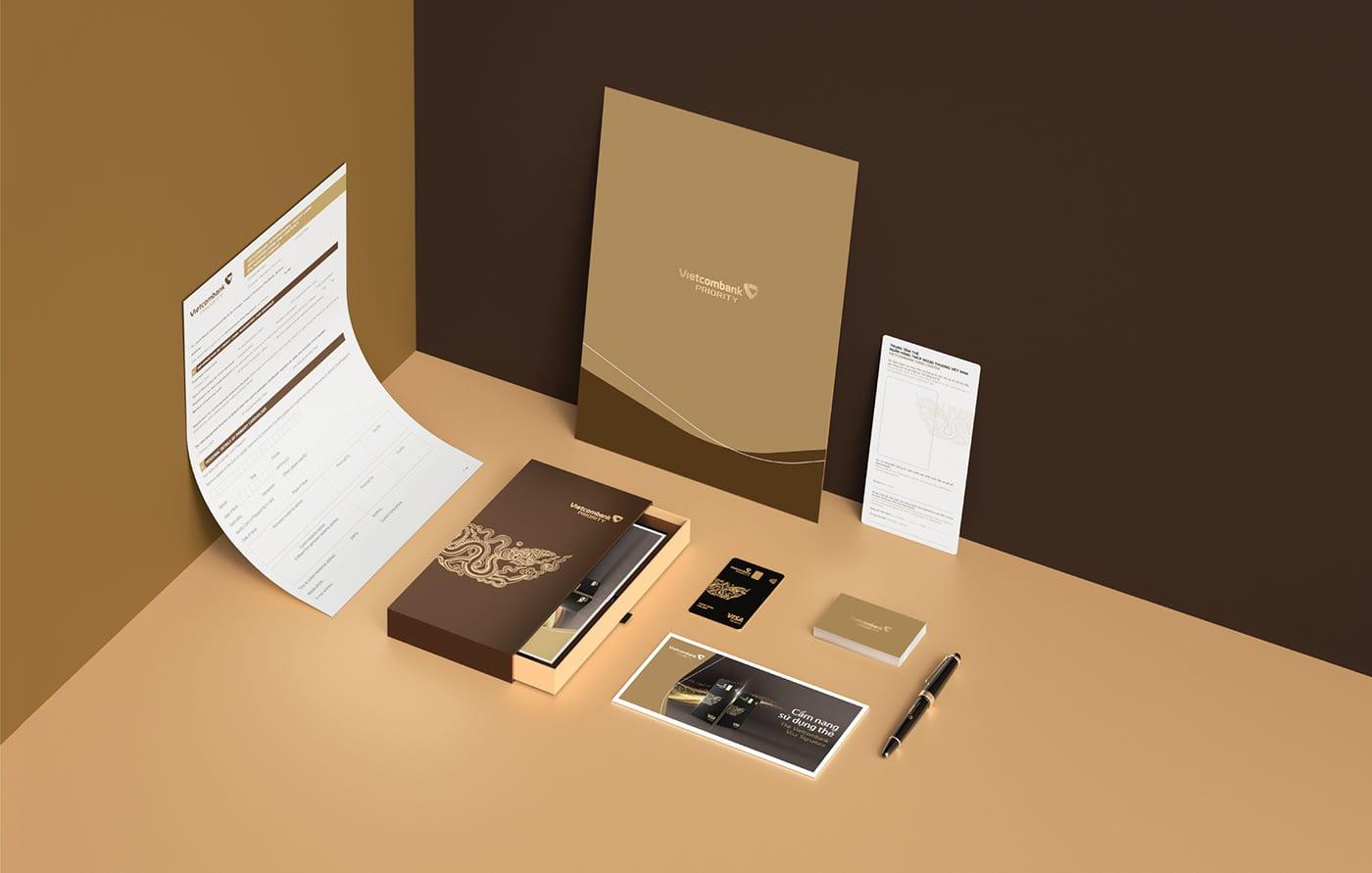 Số 3: Mẫu thiết kế bộ nhận diện thương hiệu cho ngân hàng màu nâu sang trọng